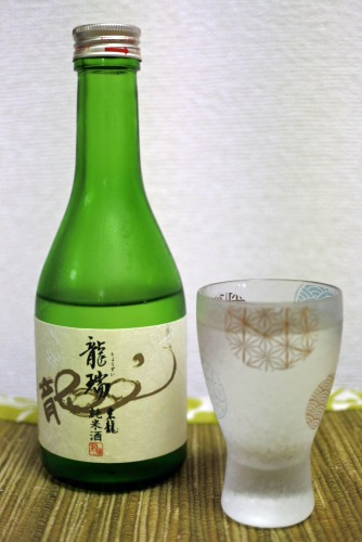 龍瑞東龍純米酒の表ラベルの画像