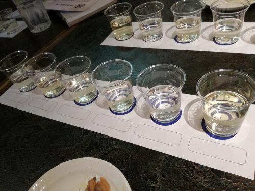 日本酒ナビゲーターの授業内でテイスティングした日本酒の画像