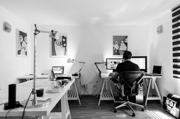 製造業から始まりWebの世界に入ってきたきっかけのイメージ画像